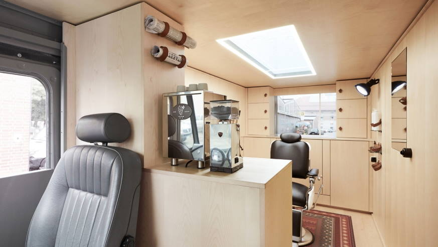 mobile hairdressing station